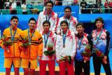 羽毛球男双印尼选手夺金
