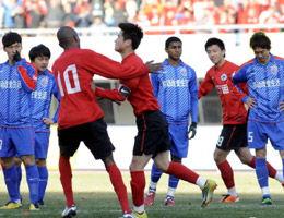 肇俊哲点杀铁卫染红离场辽宁1-0上海遇沪4年不败