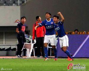 中超-朱家伟17秒造乌龙申鑫1-0上港超降级区6分