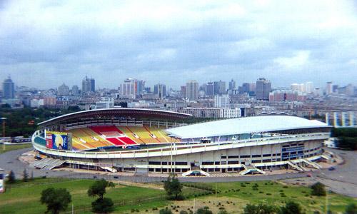 图文-2009赛季中超联赛长春亚泰队长春体育场
