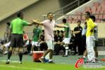 图文-[中超]上海VS南昌 朱炯表示自己很无奈