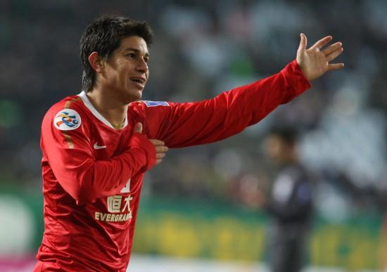亚冠联赛 广州恒大 图集 正文    3月7日,在韩国全州世界杯体育场举行