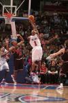 图文-[NBA]公牛98-91胜活塞比卢普斯遭遇封盖