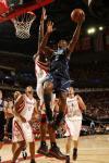 图文-[NBA]爵士69-95火箭布鲁尔上篮瞬间