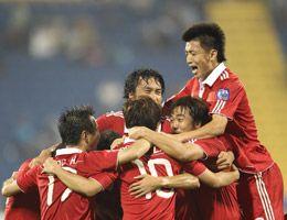 亚洲杯-张琳�M邓卓翔破门国足2-0科威特首战告捷