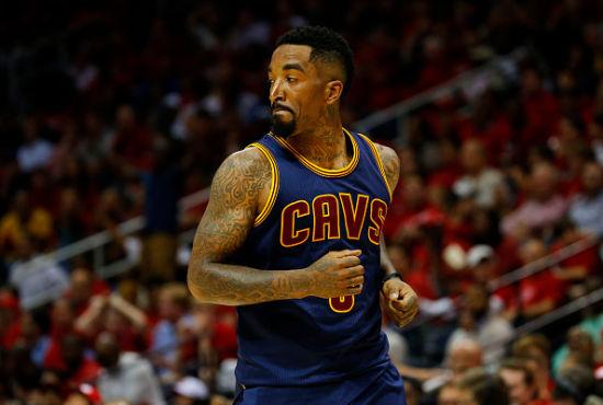 JR更喜欢高难度的强行出手投篮