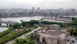 北京奥运火炬传递之平壤历史文化悠久民风淳朴