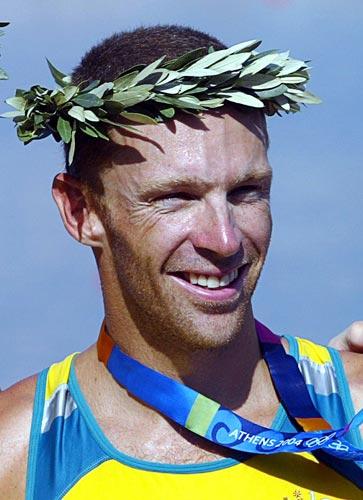 资料图片-澳大利亚游泳运动员詹姆斯-汤姆金斯