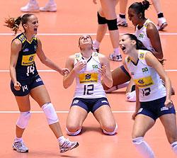 女排世锦赛巴西3-2大逆转胜日本将与俄罗斯争冠军