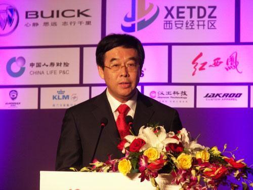 国家体育总局自行车击剑运动管理中心主任潘志琛讲话。(于红立摄)