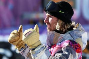 索契冬奥会首金产生美国选手夺单板障碍技巧冠军