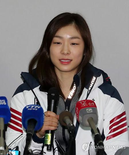 金妍儿接受采访(韩联社供图)