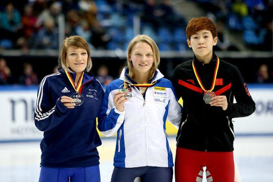 女子500米决赛范可新不敌方塔娜和克里斯蒂摘铜