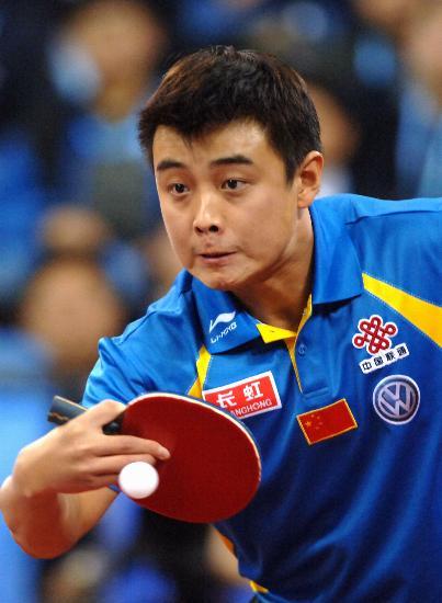 图文-国际乒联总决赛男单决赛王皓反攻异常吃力