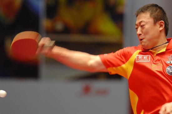 图文-乒乓球世界总冠军赛马琳晋级马琳正手拉球