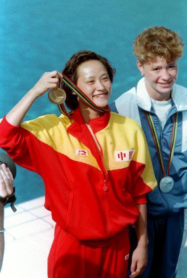 图文-中国历届夏季奥运会金牌得主 跳水女皇高敏