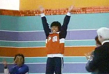 图文-跳水女子10米台奥运冠军1984年周继红登顶