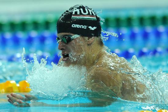 图文-游泳中国公开赛2日赛况 久尔陶在蛙泳预赛中