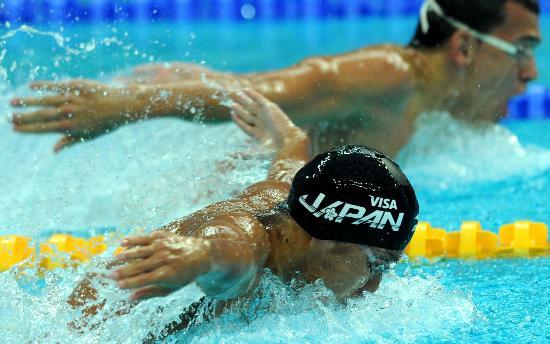 图文-奥运游泳测试赛5日赛况 佐野秀匡再夺一金