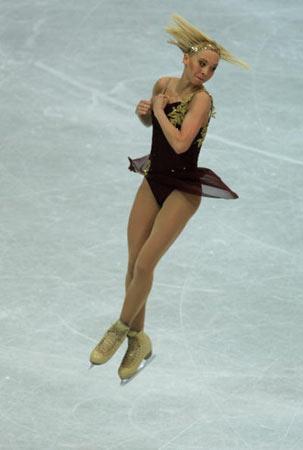 图文-世界花滑锦标赛女单短节目如此个性的头发