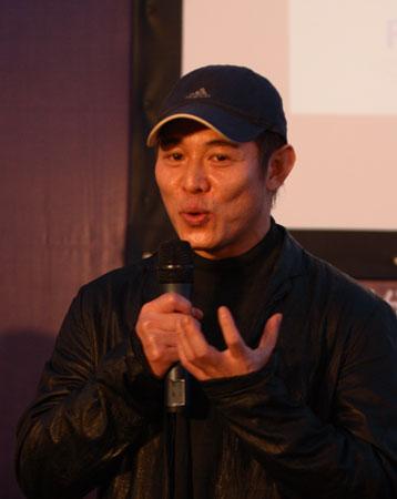 图文-众星闪耀斯诺克中国公开赛李连杰侃侃而谈