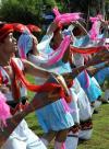 图文-奥运火炬传递三亚起跑仪式 民族舞蹈跳起来