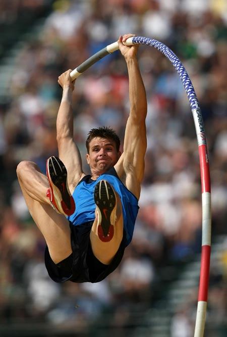 图文-美国田径奥运选拔赛 米尔斯最后一跳