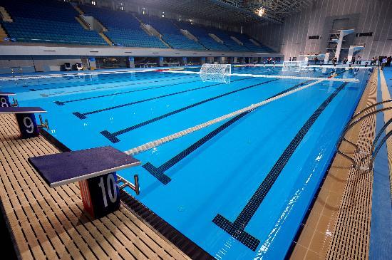 图文-奥运场馆巡礼之英东游泳馆 静待奥运到来