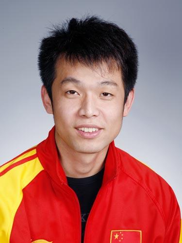 图文-北京奥运会中国代表团成立 射击队队员朱启南