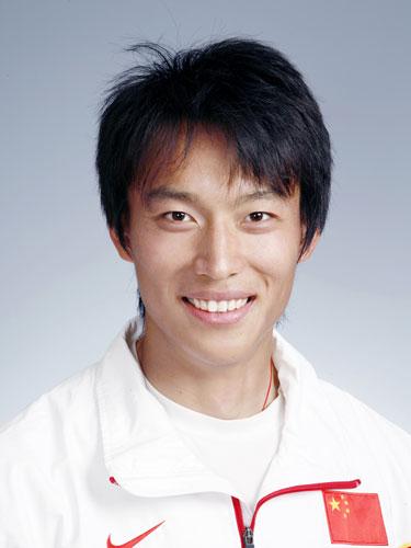 图文-北京奥运会中国代表团成立 皮划艇队员沈洁