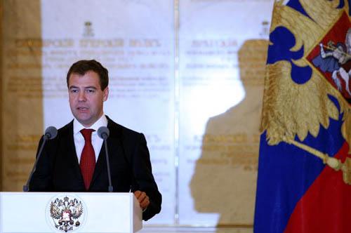 图文-俄罗斯总统接见奥运代表团 梅德韦杰夫讲话
