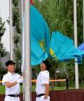 哈萨克斯坦代表团在奥运村举行升旗仪式