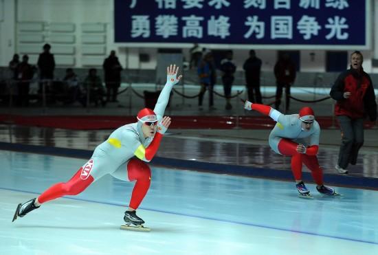 图文-大冬会男子速滑100米激战于凤桐力有不逮