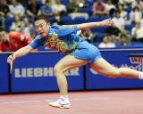 图文-世乒赛男单1/8决赛马琳连退几步方能接球