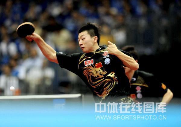 图文-世乒赛男双八强出炉虎将马龙气势十足