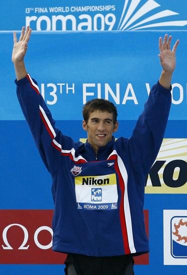 图文-世锦赛男子100米蝶泳决赛菲尔普斯挥手致意
