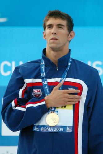 图文-菲尔普斯100米蝶泳破纪录夺冠菲鱼若有所思