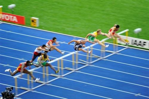 图文-世锦赛男子110米栏预赛史冬鹏小组第一晋级