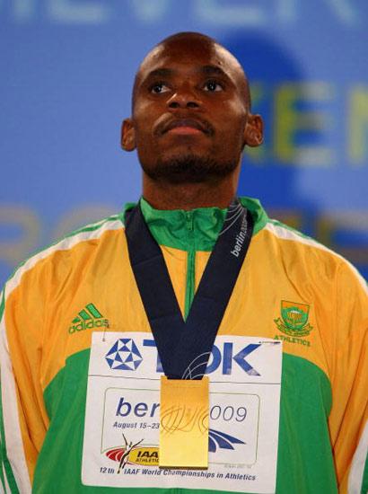 图文-田径世锦赛男子800米颁奖穆劳德兹表情很严肃