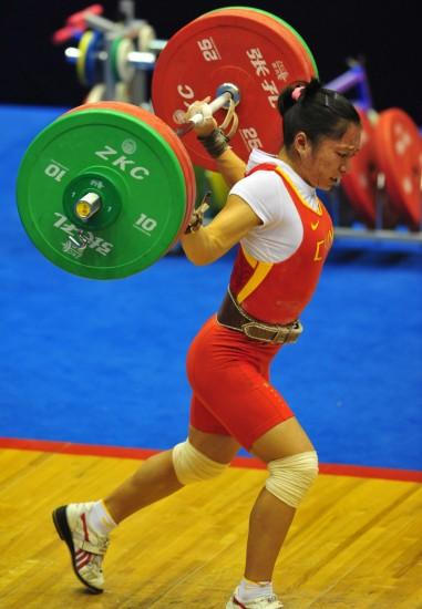 图文-全运女子举重58公斤决赛邱还是试举失5岁学健美操好舞蹈红梅图片