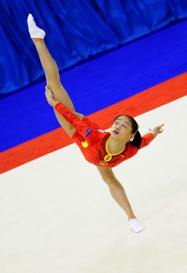 图文-体操世锦赛18日决赛赛况眭禄单腿站立表演