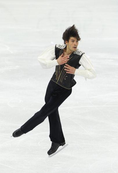花样滑冰男子单人滑_图文-花样滑冰男子单人自由滑 确保跳跃不失误