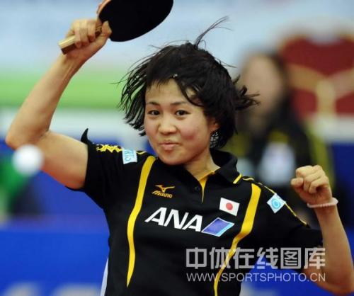 图文-世乒赛日本女队晋级四强平野早矢香打头阵