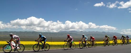 图文-环湖赛第四赛段赛况仿佛在油画中骑行