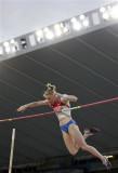 费奥法诺娃飞跃横杆