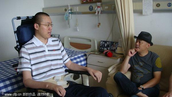 图文-笑星周立波杭州看望汤淼两个上海人妙语连珠