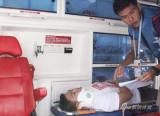 在救护车上