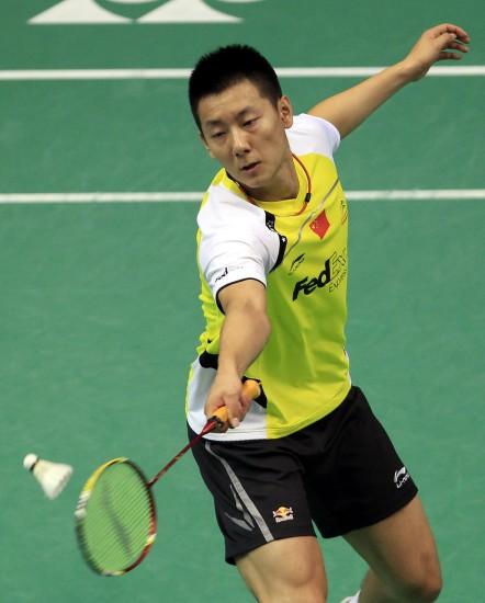 图文-羽毛球世锦赛第2日男单赛况陈金轻松回球