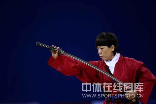 图文-武搏运动会剑道比赛现场收剑姿势超有型