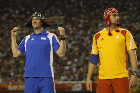 图文-洲际杯男子标枪索尔基德森夺冠选手特色帽子